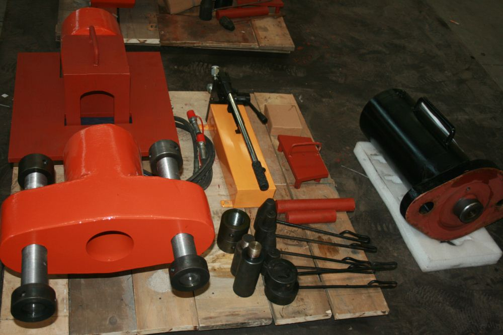 hydraulic pin pusher for excavator Komatsu&Caterpillar